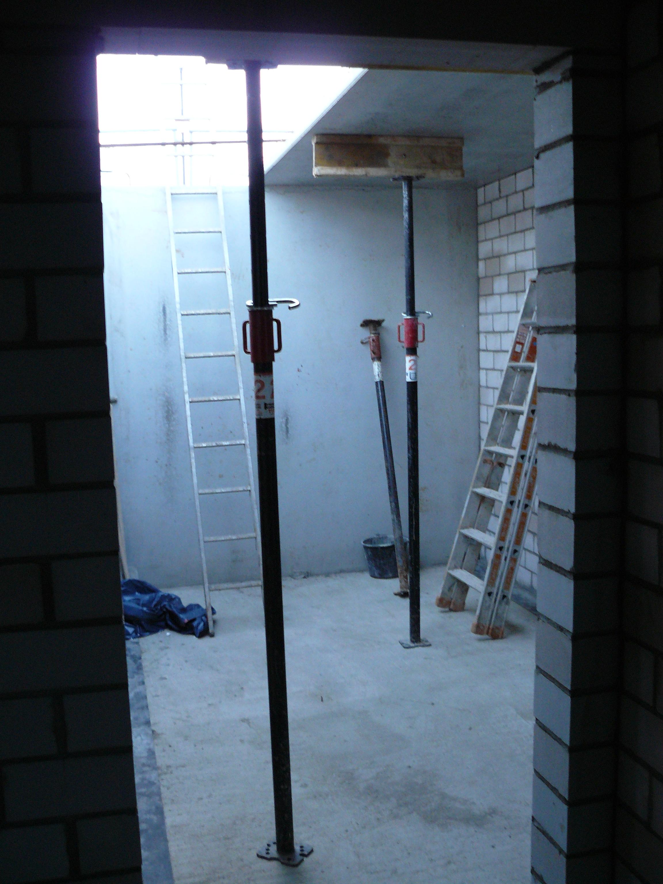 Blick aus dem Kellerflur
