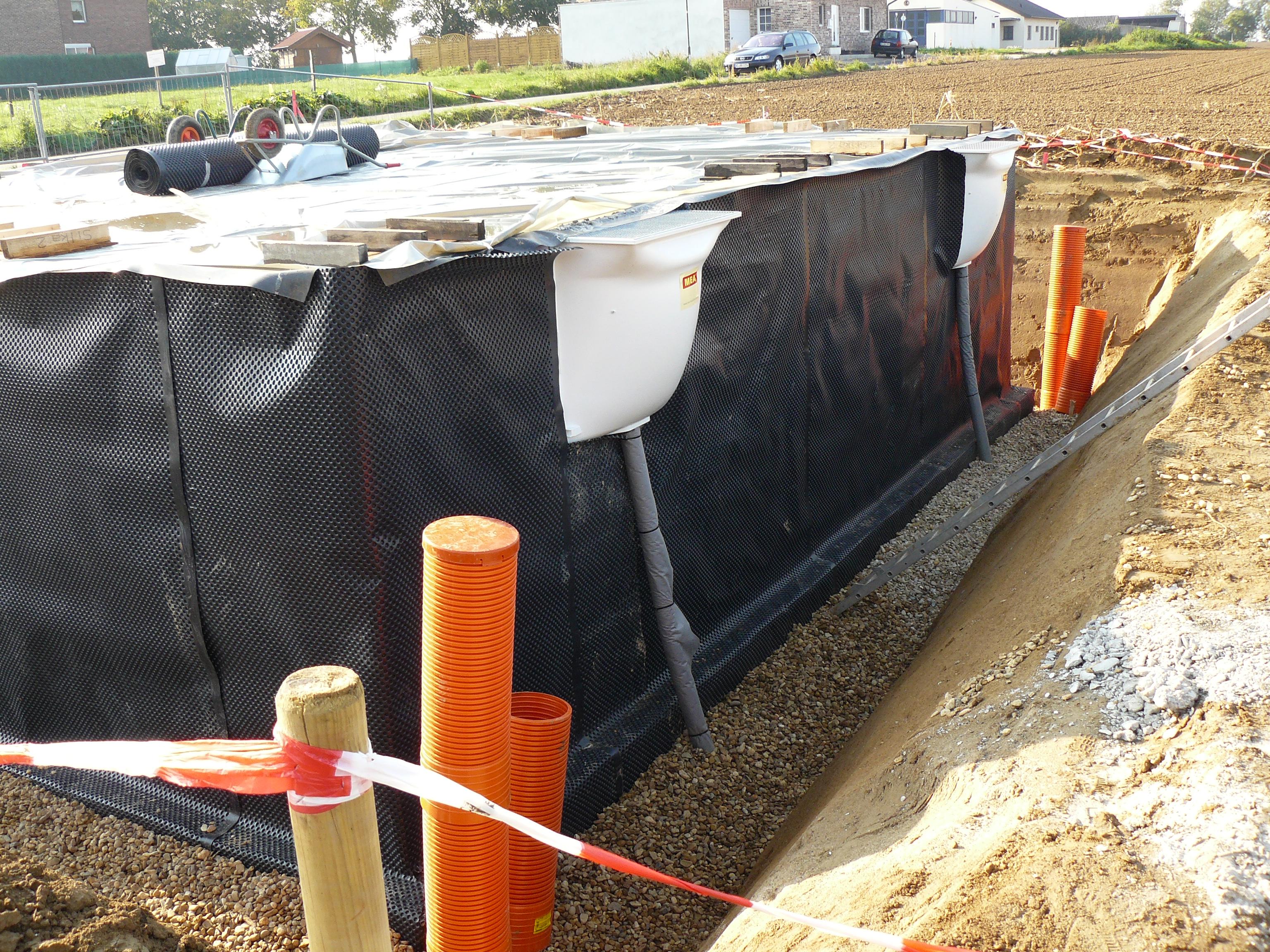 drainage am haus pp95 hitoiro. Black Bedroom Furniture Sets. Home Design Ideas