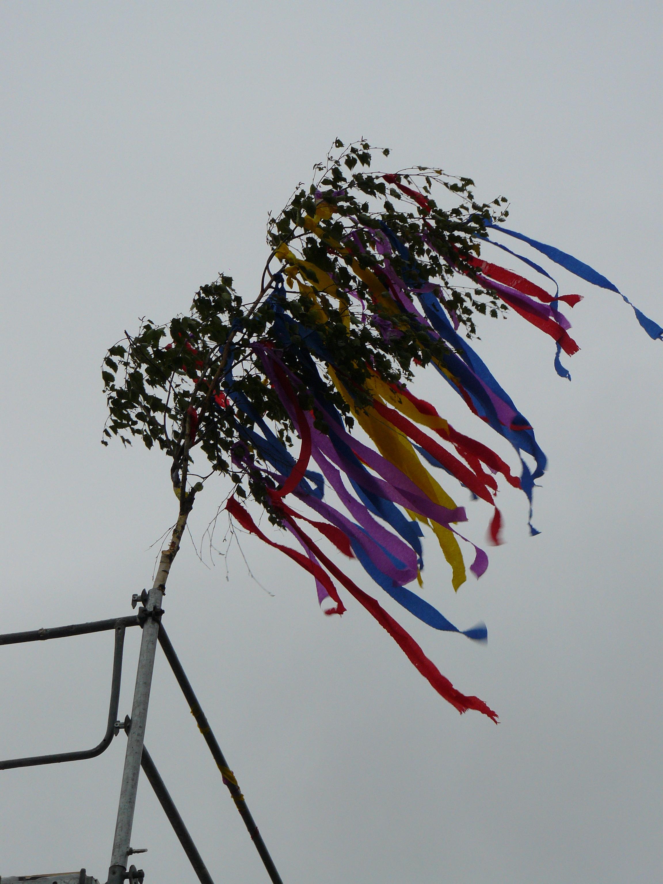 Der Richtbaum im Wind