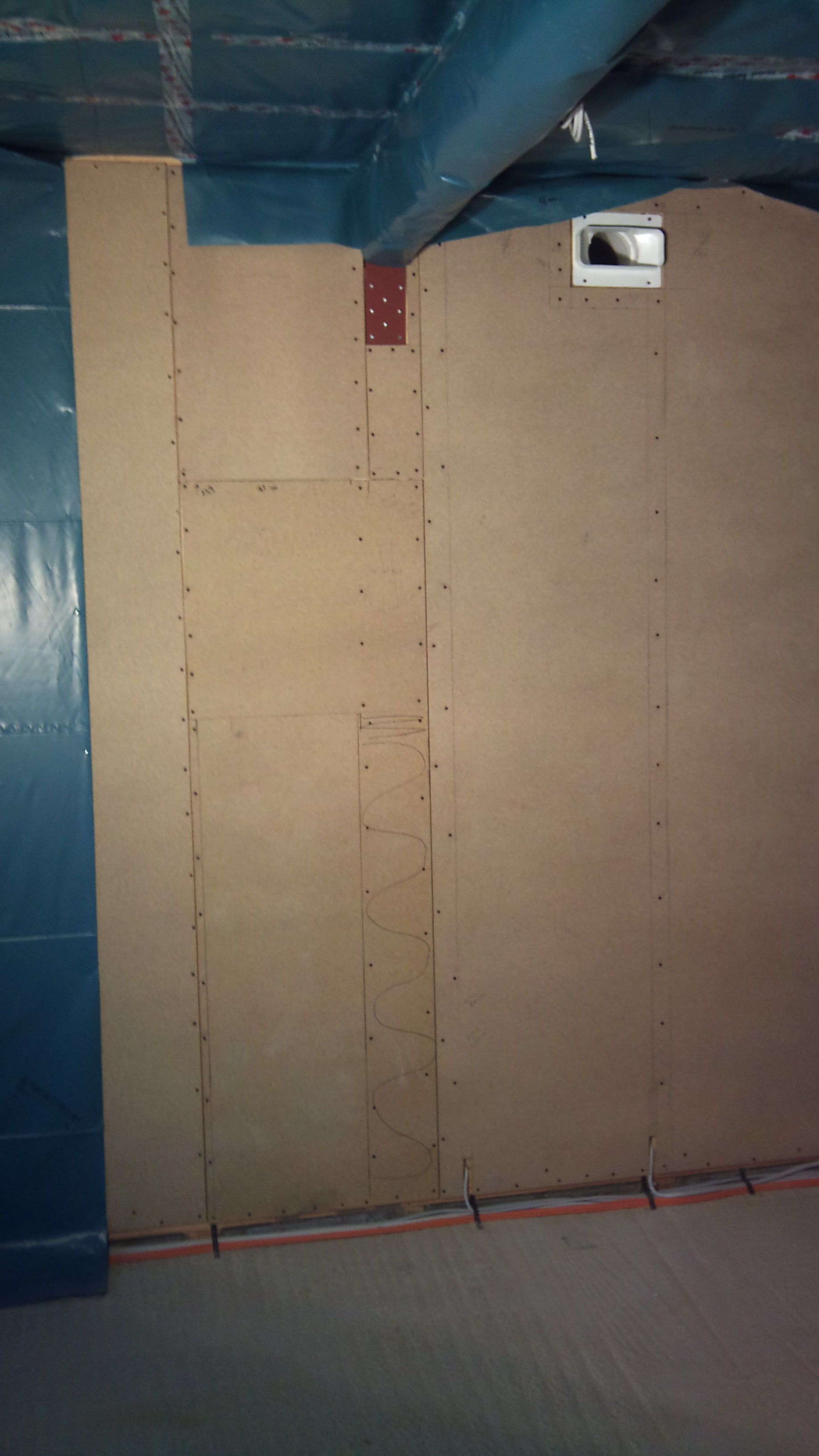 Wand geschlossen