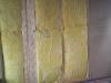 Balken für Spanplatte angebracht, Dämmung wieder eingesetzt