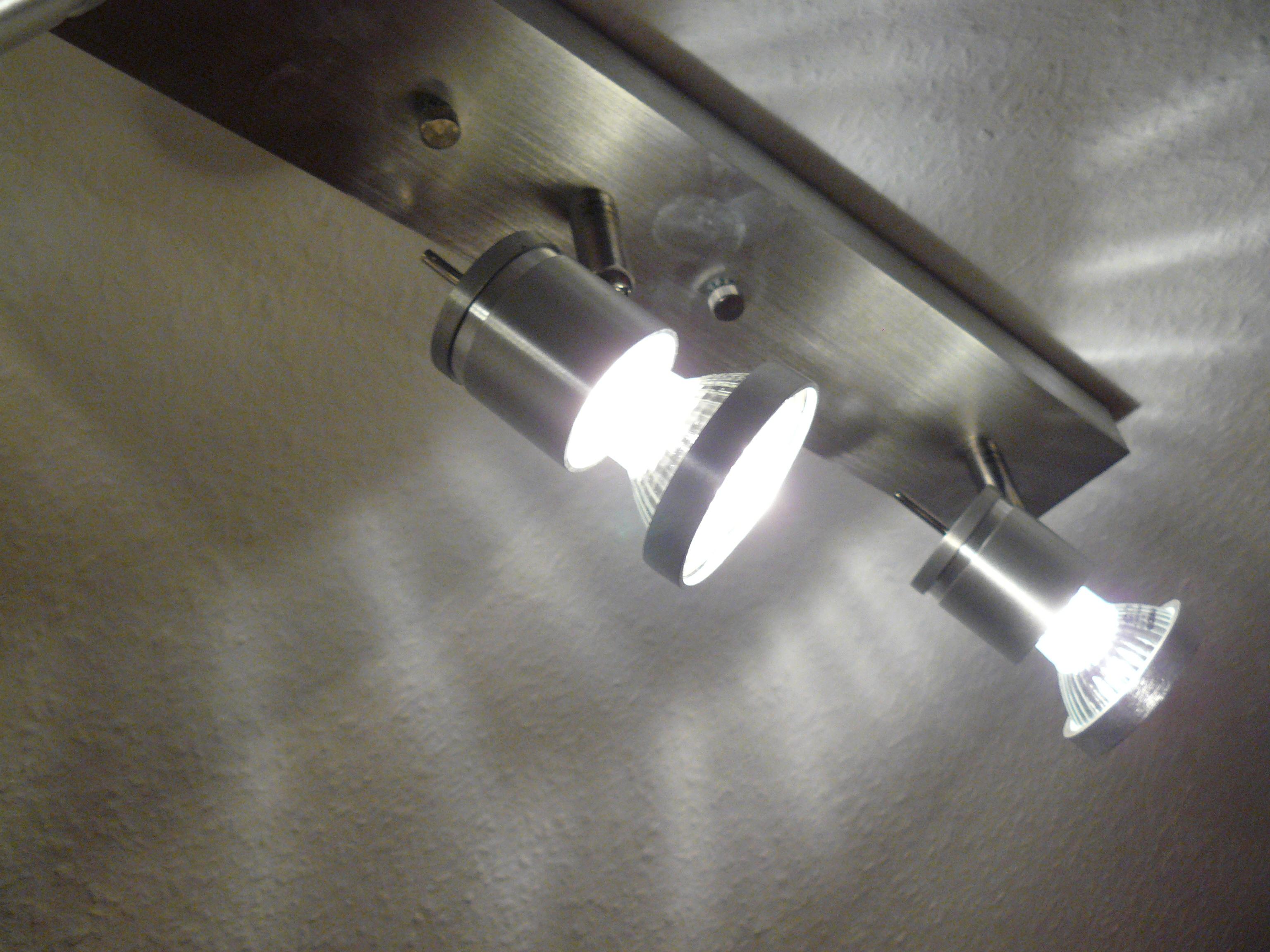 Lampe Büro und Schlafzimmer (Detail)