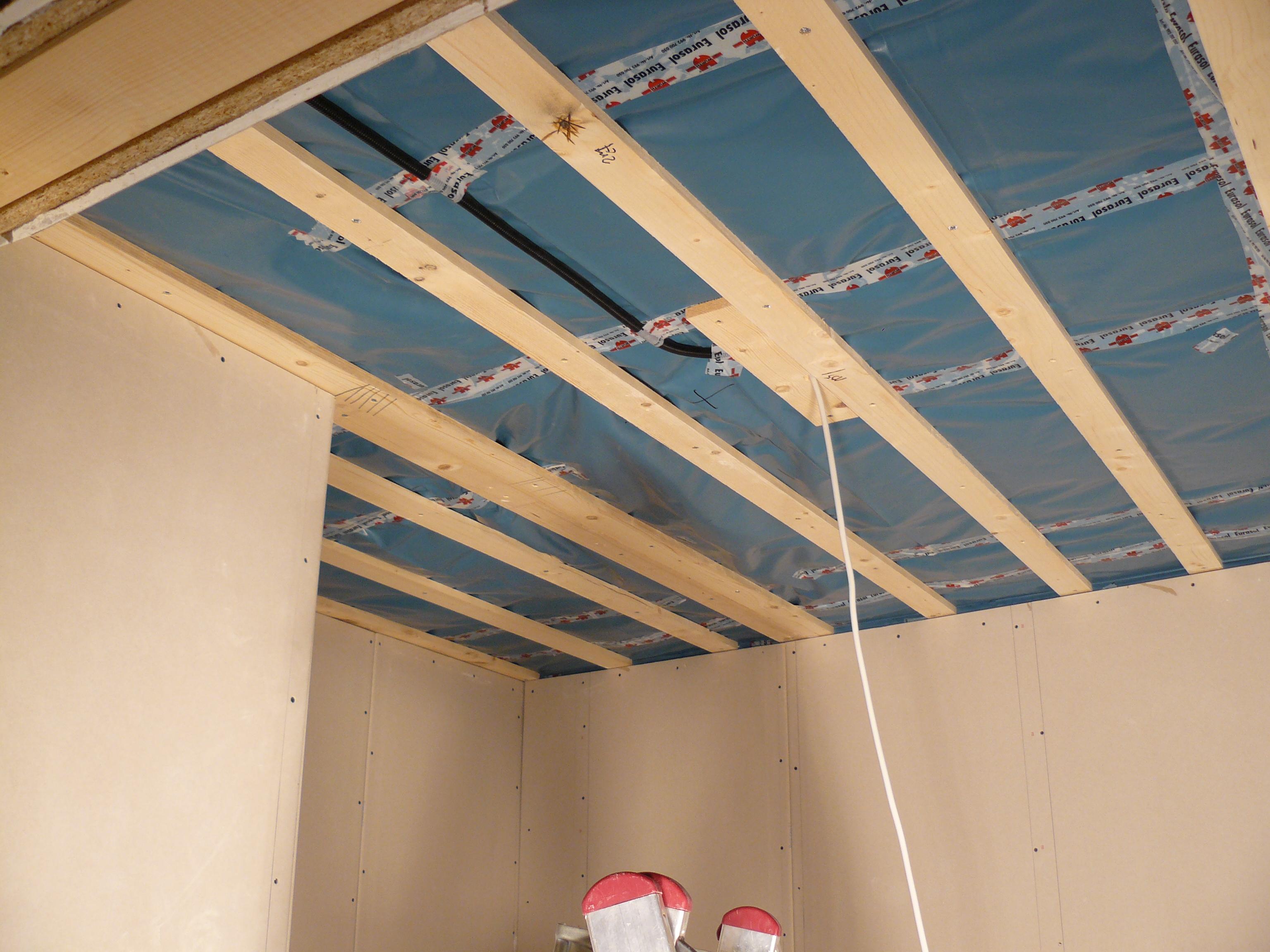 Bautagebuch Fronhoven » Decke Abstellraum (ohne Rigips)