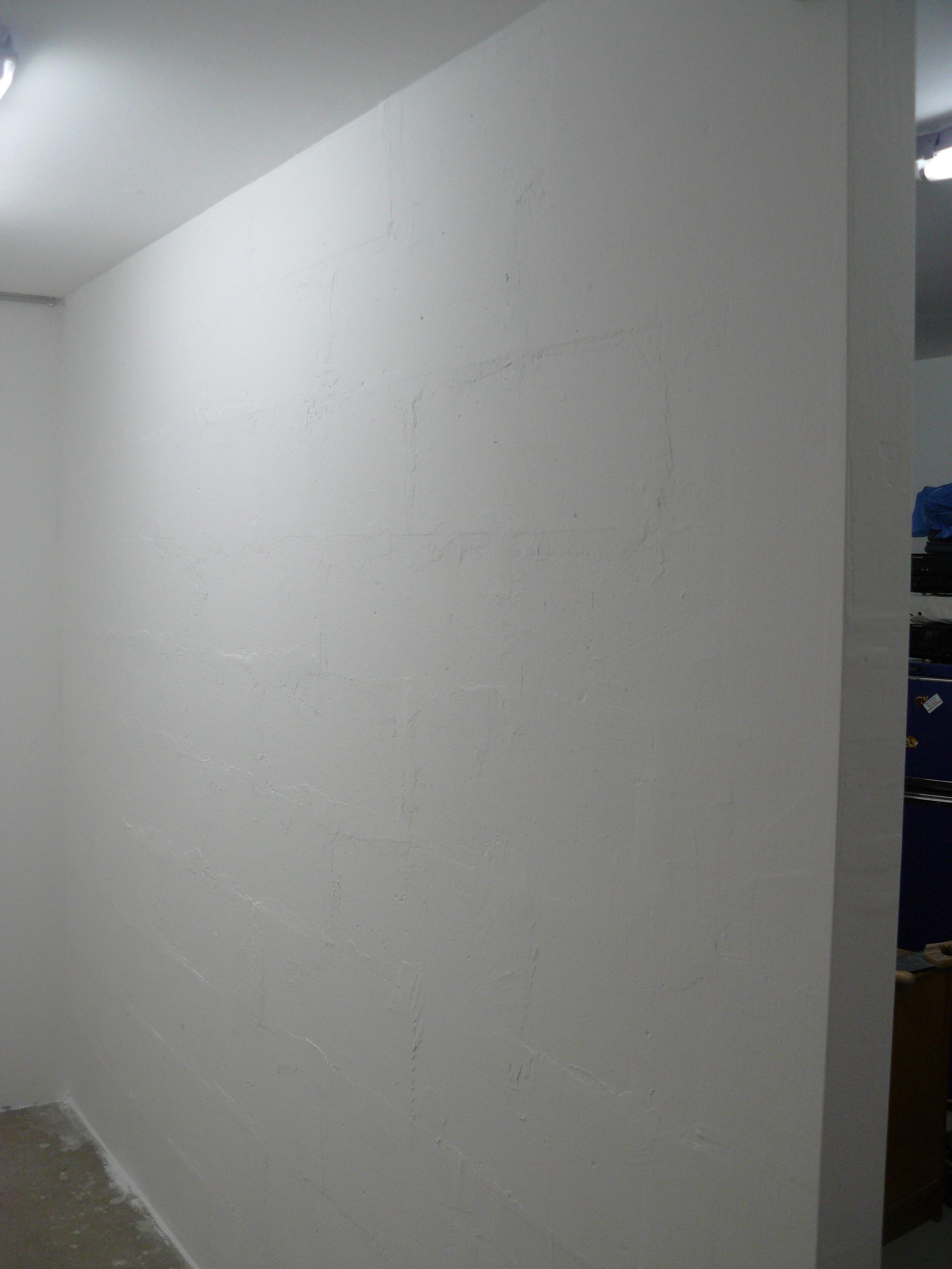 Bautagebuch Fronhoven » Abtrennwand (links der neue kleine Raum)